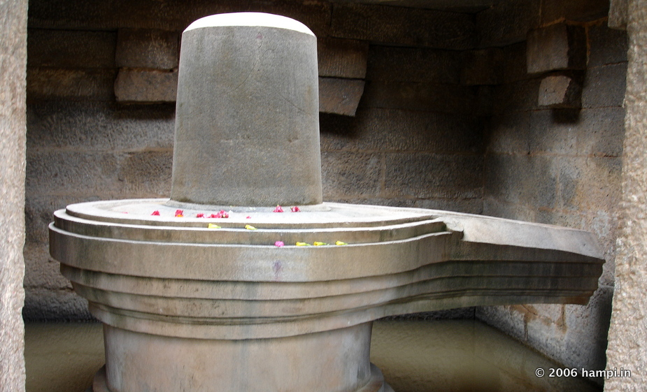Monuments | Temples | Hills | Attractions to Visit in Hampi ...