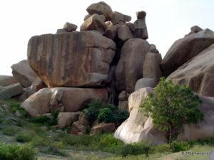 The precariously balancing boulders of Hampi